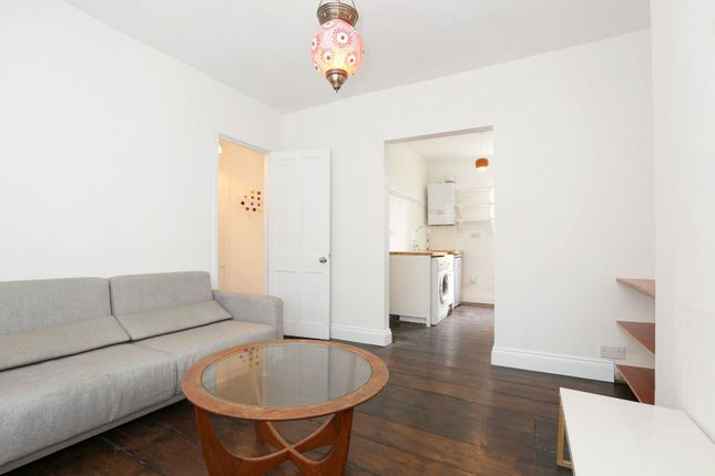 2 bed flat for sale in Ashby Street, London