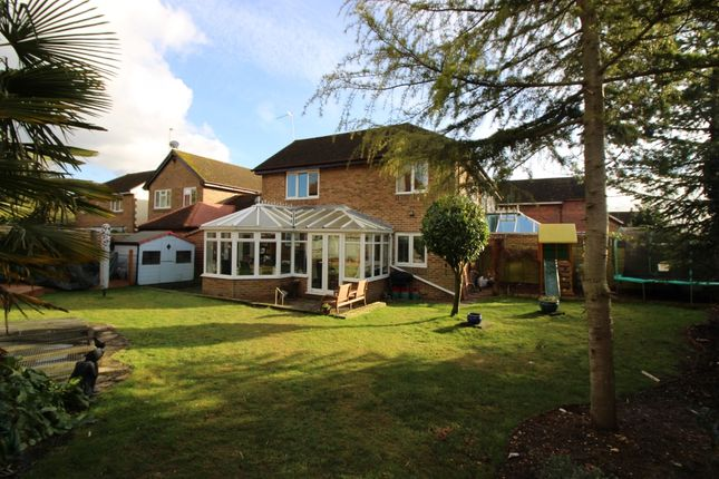 Thumbnail Semi-detached house for sale in Old Barn Close, Kemsing