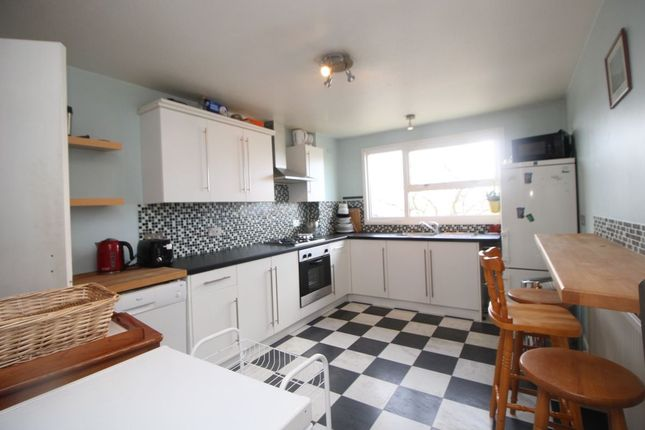 Thumbnail Flat to rent in Townsend, Hemel Hempstead