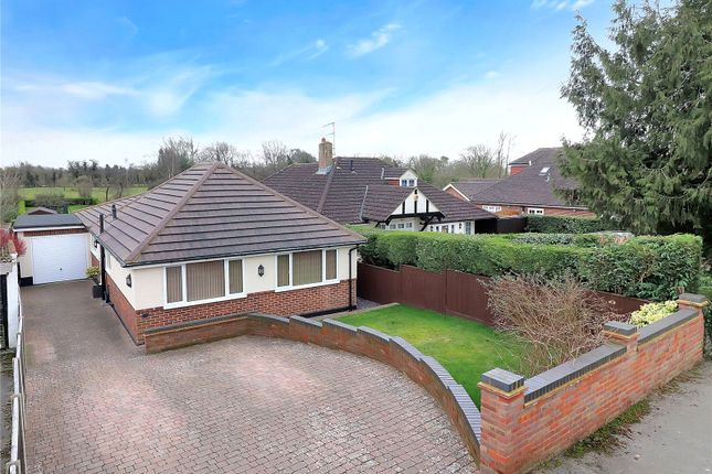 Thumbnail Property for sale in Toms Lane, Kings Langley