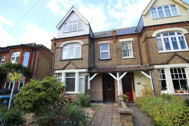 Thumbnail Maisonette to rent in Kingsfield Road, Oxhey Village WD19.