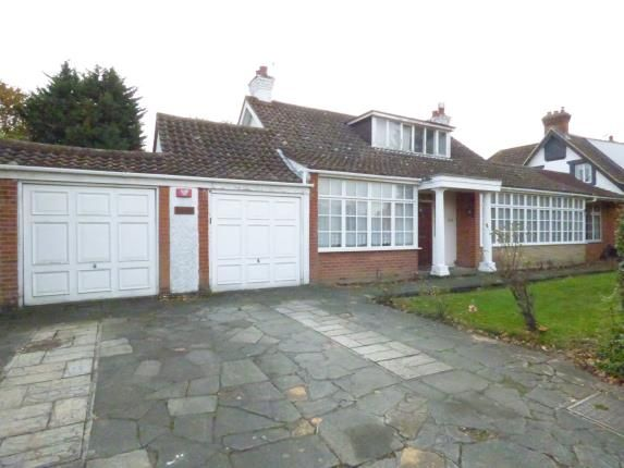 Thumbnail Bungalow for sale in Emerson Park, Hornchurch, Essex