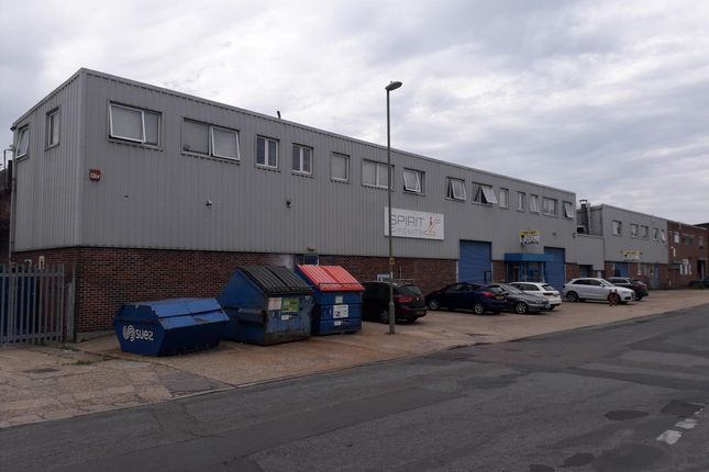 Thumbnail Industrial to let in Aston Road, Waterlooville