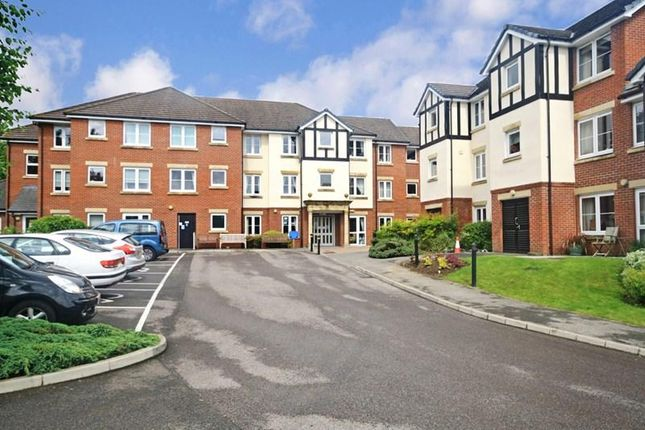 Thumbnail Property for sale in Hadlow Road, Tonbridge