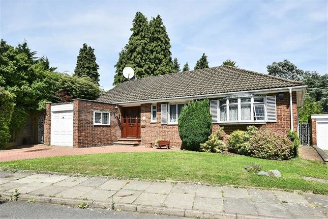 Thumbnail Bungalow for sale in Rockways, Arkley, Hertfordshire