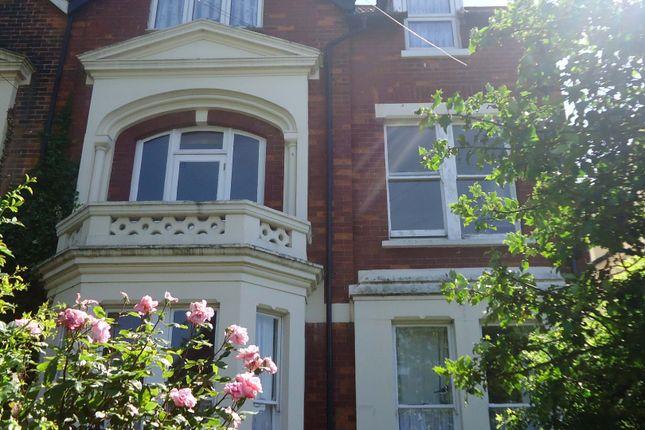 Thumbnail Flat to rent in Cheriton Road, Folkestone