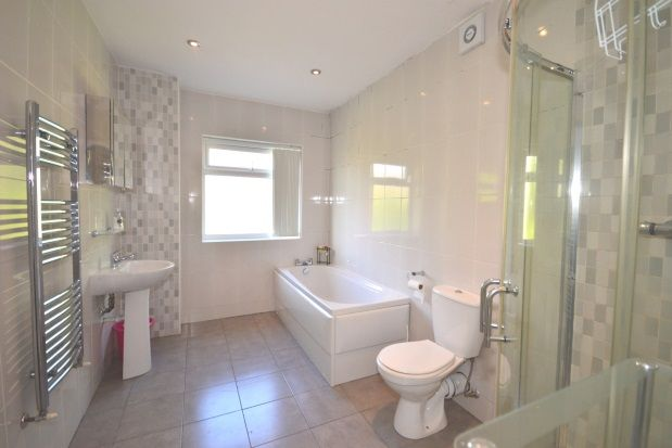 Thumbnail Shared accommodation to rent in Wadbrough Road, Ecclesall Road