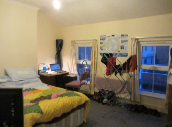 Thumbnail Shared accommodation to rent in Talbot Road, Northampton, Northamptonshire