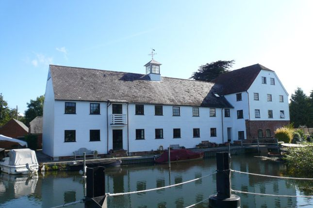 Flat to rent in Hambleden Mill, Henley-On-Thames