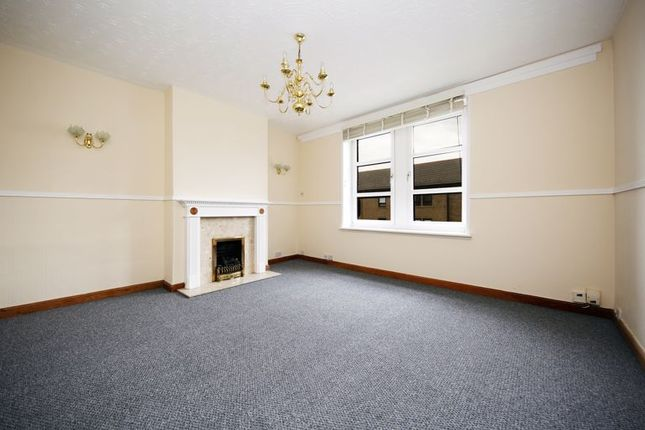 Living Room of Fleming Gardens West, Dundee DD3