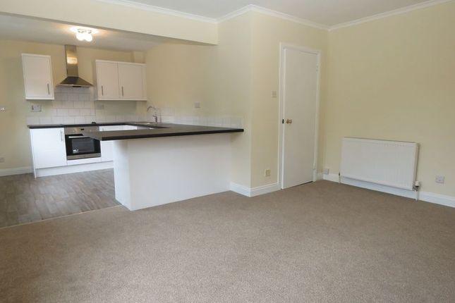 Thumbnail Flat for sale in 17 Quarrydene, Melrose, Scottish Borders
