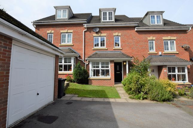 4 bed town house for sale in Ashfield Close, Penistone, Sheffield S36