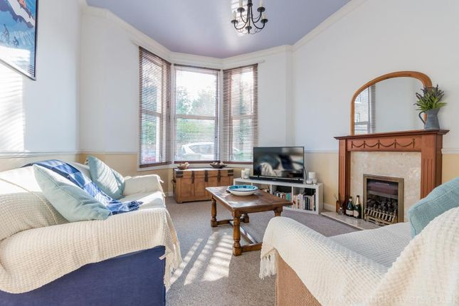 1 bed flat to rent in The Gardens, East Dulwich, London