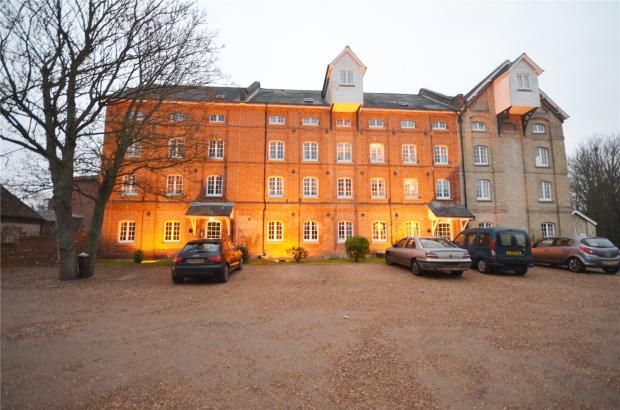 Thumbnail Flat for sale in Kingsmill, Newmarket Road, Great Chesterford, Essex
