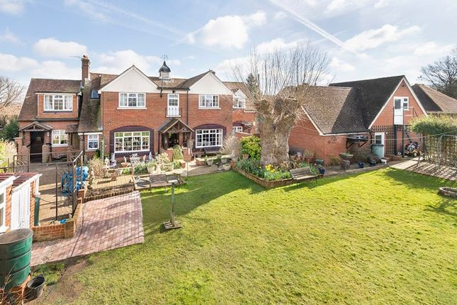 Thumbnail Detached house for sale in Sutton Road, Langley, Maidstone