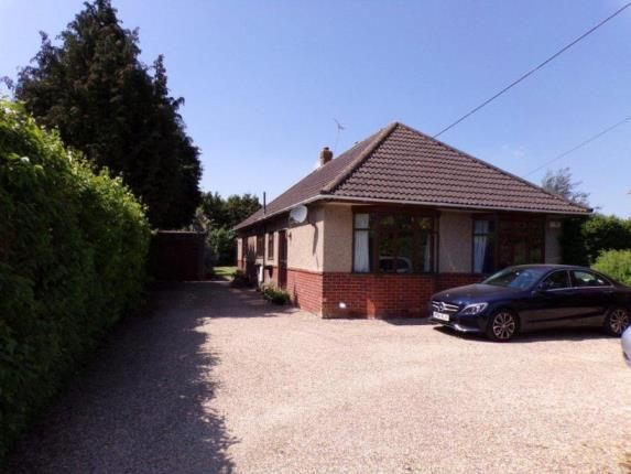 Thumbnail Bungalow for sale in Eastfield Lane, Ringwood