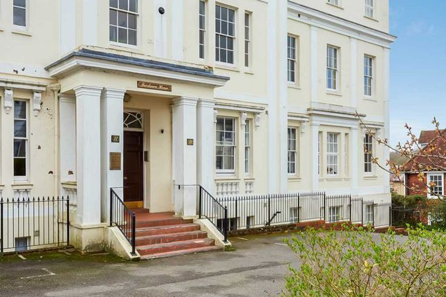 Thumbnail Flat for sale in Fairlawn House, Mount Sion, Tunbridge Wells