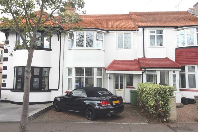 3 bed terraced house to rent in Harley Street, Leigh-On-Sea SS9