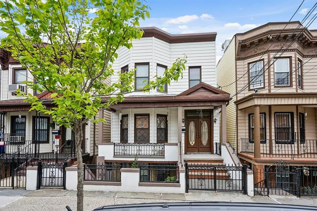 Thumbnail Apartment for sale in 1737 Garfield Street Bronx, Bronx, New York, 10460, United States Of America