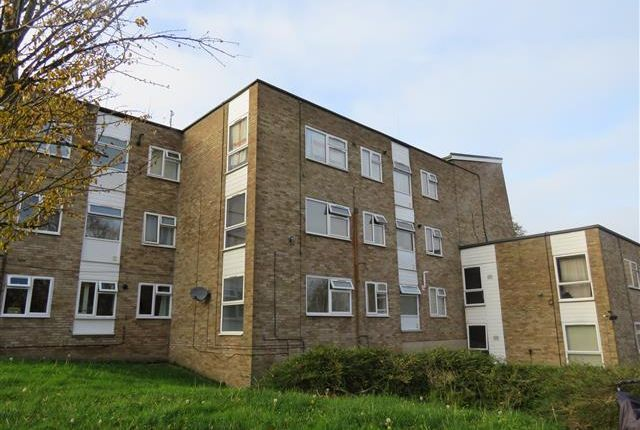 Thumbnail Flat to rent in Pheasant Close, Berkhamsted