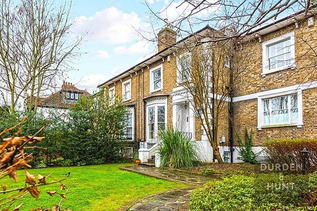 Thumbnail Flat for sale in High Road, Woodford Green