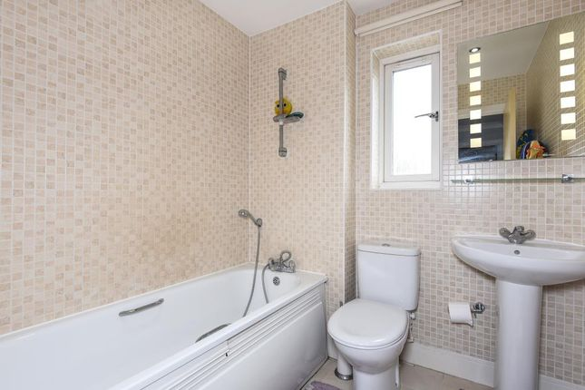 Bathroom of Bracknell, Berkshire RG12