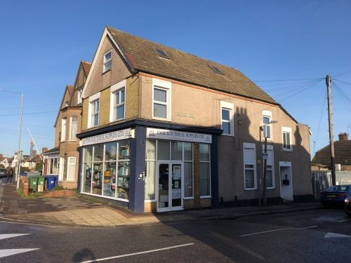 Thumbnail Retail premises for sale in Grays, Essex