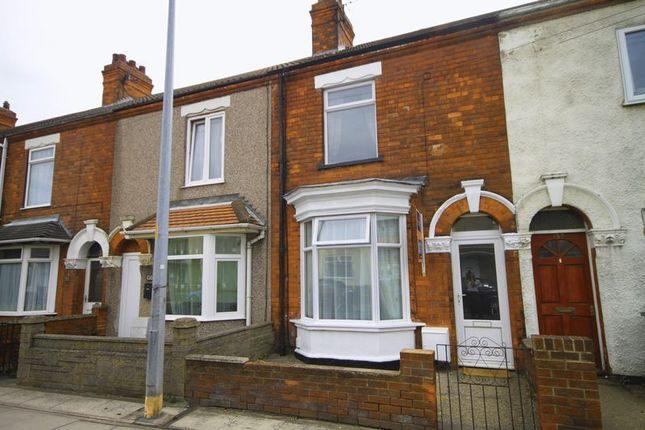 3 bed terraced house to rent in Alexandra Road, Grimsby DN31