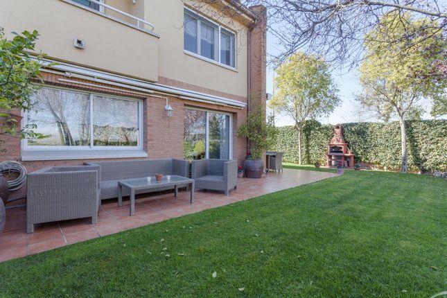 4 bed property for sale in Calle Lluna, Cerdanyola Del Valles, Catalonia, 08290, Spain