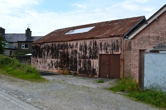 Thumbnail Parking/garage for sale in Ty Glandwr, Trefor