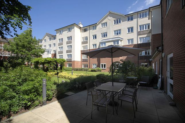 Retirement Property To Rent In Westcliff On Sea