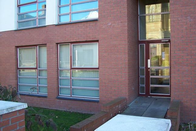 Thumbnail Flat to rent in North Bridge Street, Airdrie