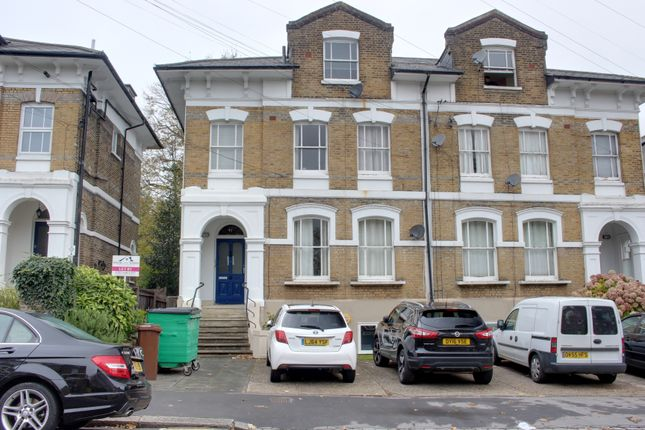Flat to rent in Outram Road, Croydon