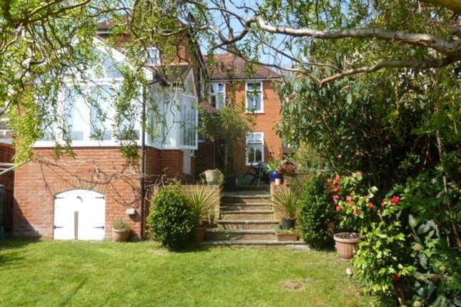 Thumbnail Detached House To Rent In High Park Road Farnham