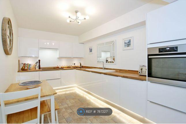 Kitchen of Union Glen, Aberdeen AB11