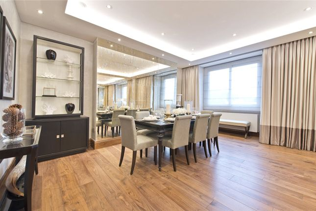 Dining Area of Campden Hill Court, Campden Hill Road, Kensington, London W8