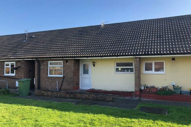 Thumbnail Bungalow to rent in Laburnum Grove, Crowle, Scunthorpe