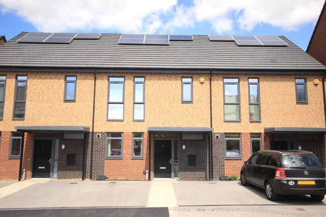 Thumbnail Town house for sale in Heartswood Road, Bentley, Doncaster
