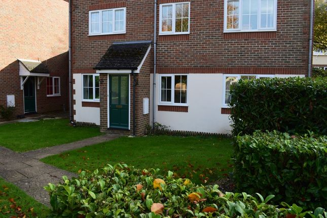 Thumbnail Maisonette to rent in Gallows Lane, High Wycombe
