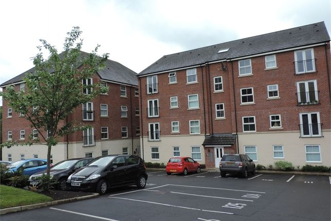 2 bed flat to rent in Stonemere Drive, Radcliffe, Manchester