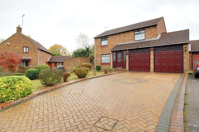 Thumbnail Link-detached house for sale in Allonby Close, Lower Earley, Reading, Berkshire