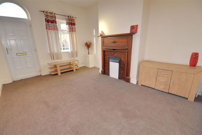 1 bed terraced house to rent in Montrose Gardens, Castleford WF10