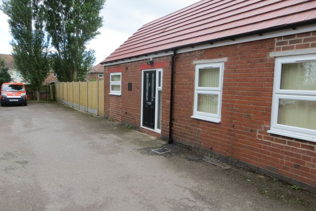 Thumbnail Bungalow to rent in Tuttle Hill, Nuneaton