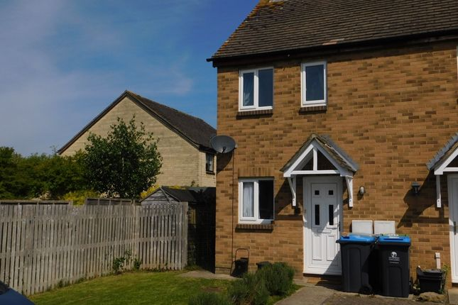 Thumbnail Terraced house to rent in Manor Road, Witney