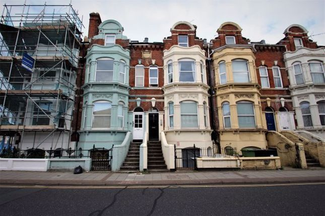 Thumbnail Property to rent in Victoria Road North, Southsea