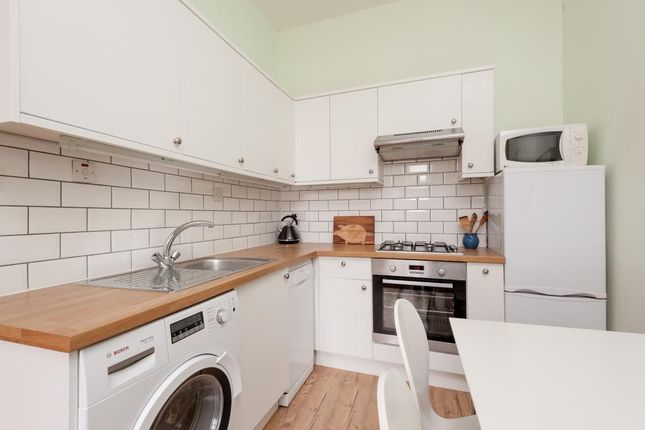 Thumbnail Flat for sale in 24 (3F3) Montague Street, Newington