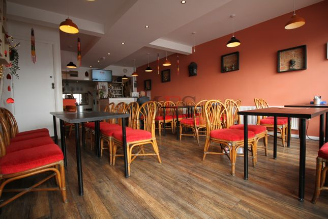 Thumbnail Restaurant/cafe to let in New Broadway, Uxbridge