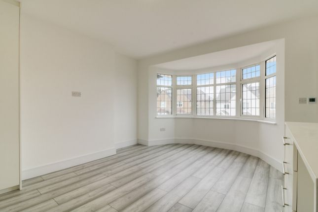 Room to rent in Northumberland Road, North Harrow, Middlesex