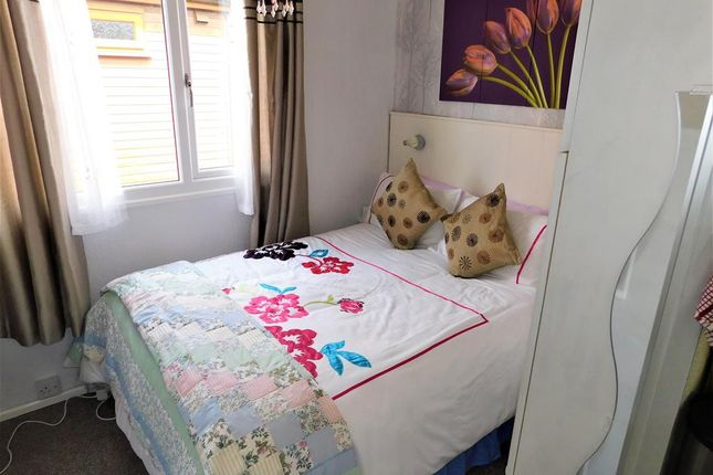 Bed 1 of Links Avenue, Mablethorpe, Lincolnshire LN12