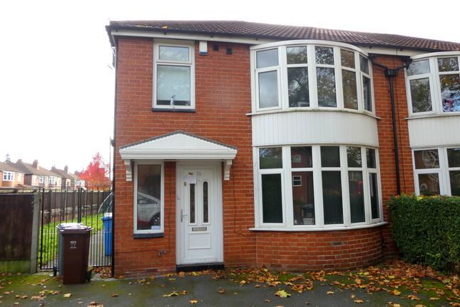 6 bed semi-detached house to rent in Mauldeth Road, Withington, Manchester